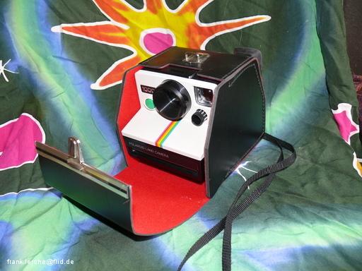 Polaroid 100 in Bereitschaftstasche