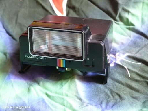 Aufsteckblitz für Polaroid
